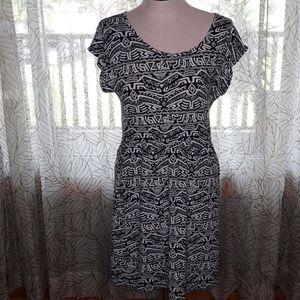 Bobbie Brooks Dresses - Bobbie Brooks Ladies Dress XL Aztec print Tub1